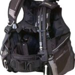 How to choose the right diving vest?